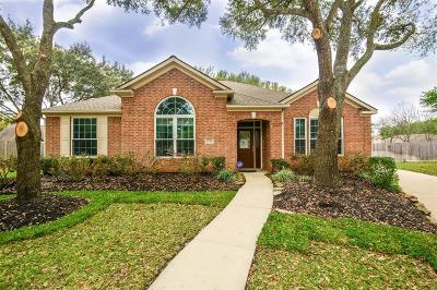 Katy Single Family Home For Sale: 22706 Cedar Village Court
