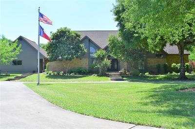 Single Family Home For Sale: 410 Bayou Country