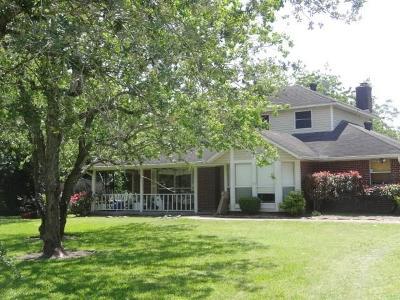 Kemah Single Family Home For Sale: 2601 Columbia Memorial