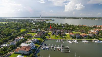 Kemah Single Family Home For Sale: 709 Harborside Way