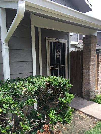 Houston Condo/Townhouse For Sale: 12226 Bob White Drive #122
