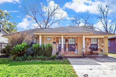 Oak Forest Single Family Home For Sale: 4601 De Lange Lane