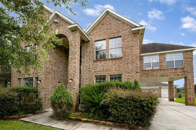 Tomball Single Family Home For Sale: 11303 N Country Club Green Drive