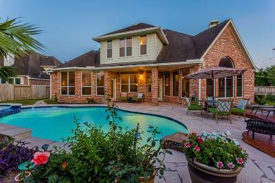 Richmond Single Family Home For Sale: 21110 Falcon Creek