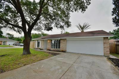 Houston Single Family Home For Sale: 7403 Woodnettle Lane