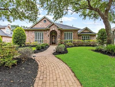 Single Family Home For Sale: 17026 Chapel Park Way