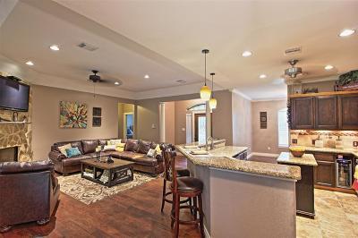 Magnolia Single Family Home For Sale: 1010 Douglas Fir Drive