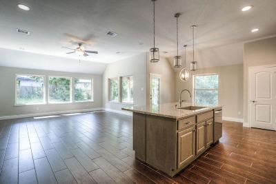 Montgomery Single Family Home For Sale: 434 Carriage Trail