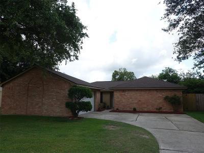 La Porte Single Family Home For Sale: 10103 Oakmont Drive