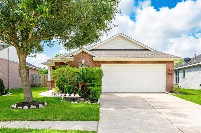 Fresno TX Single Family Home For Sale: $193,900