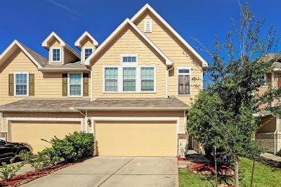 Pasadena Condo/Townhouse For Sale: 6409 Stoney Creek Drive