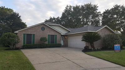 Pearland Rental For Rent: 811 Thornwood Court