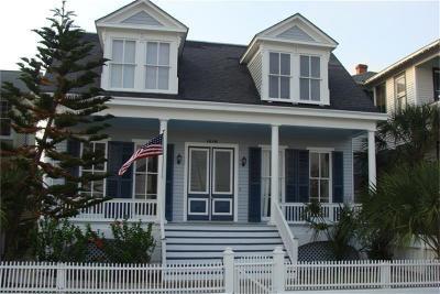 Galveston County Rental For Rent: 1216 Post Office Street #2