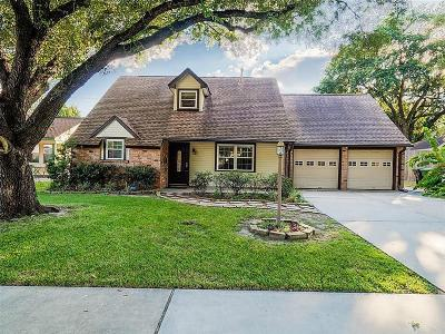 Oak Forest Single Family Home For Sale: 4127 Hill Oak Dr. Drive