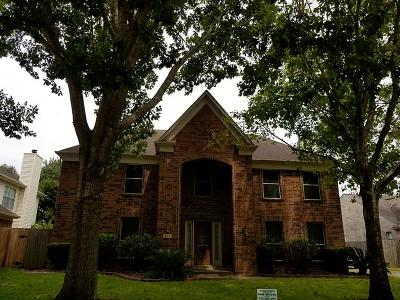 Missouri City Single Family Home For Sale: 823 Coral Tree Place #1
