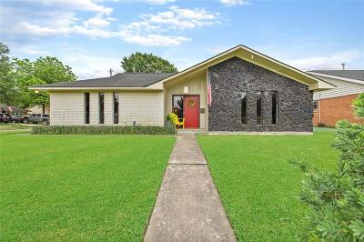 Deer Park Single Family Home For Sale: 410 Helen Drive