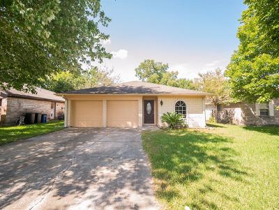 League City Single Family Home For Sale: 1836 Chickadee Drive