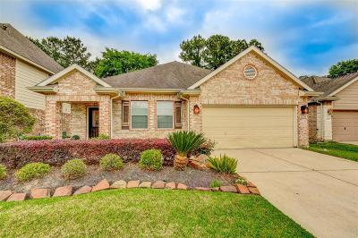 Kingwood Single Family Home For Sale: 26105 Knights Tower Drive