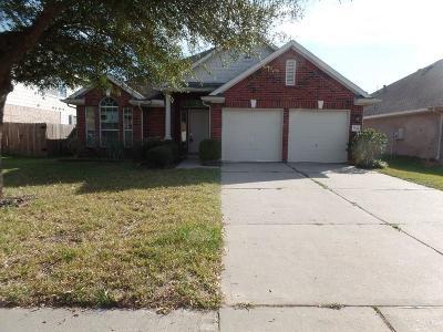 Humble Single Family Home For Sale: 7214 Foxshadows Lane