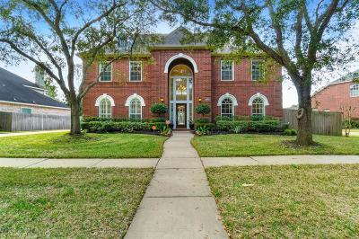 Sugar land Single Family Home For Sale: 4815 Periwinkle Court