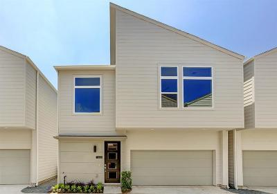 Cottage Grove Single Family Home For Sale: 5619b Kansas Street