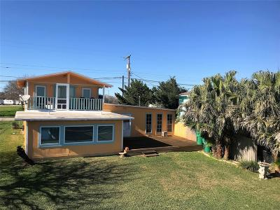 Palacios Single Family Home For Sale: 407 E East Bayshore
