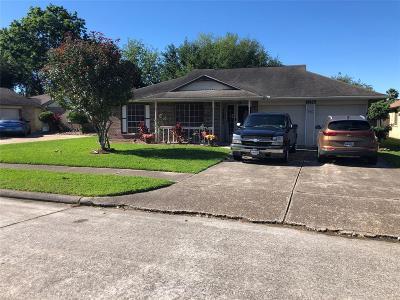 La Porte Single Family Home For Sale: 10923 Mesquite Drive