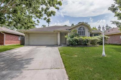 Kingwood Single Family Home Option Pending: 2315 Meandering Trail