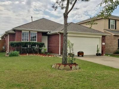 Rosharon Single Family Home For Sale: 2226 Sterling Oaks Drive