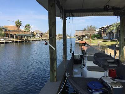 Bayou Vista Single Family Home For Sale: 880 Bonita Street