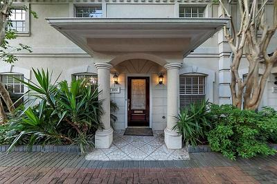 Houston Condo/Townhouse For Sale: 1804 Nantucket Drive