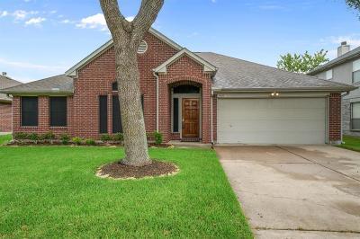 La Porte Single Family Home For Sale: 5010 Parkcrest Drive