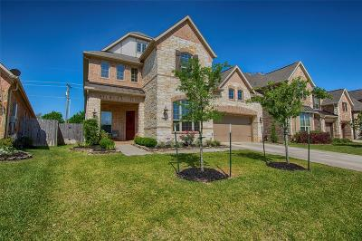 Friendswood Single Family Home For Sale: 1512 Richland Hollow Lane