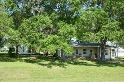 Fayetteville Single Family Home For Sale: 459 W Fm 389