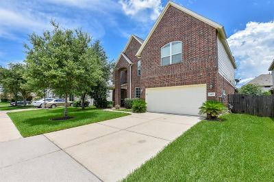 Pearland Single Family Home For Sale: 2403 Chase Harbor Lane