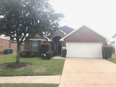 Manvel Single Family Home For Sale: 35 Palm Villas Drive