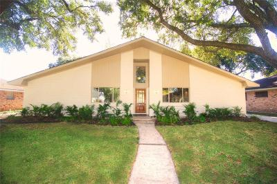 Houston Single Family Home For Sale: 5939 Dumfries Drive