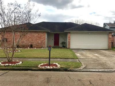 La Porte Single Family Home For Sale: 10130 Quiet Hill Road