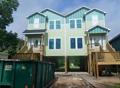 Kemah Condo/Townhouse For Sale: 708 Kipp Avenue #Unit A