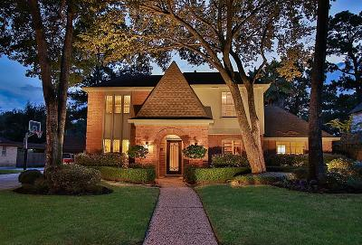 Spring Single Family Home For Sale: 16223 Chipstead Drive