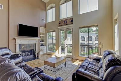 Houston Condo/Townhouse For Sale: 1635 Sage Street