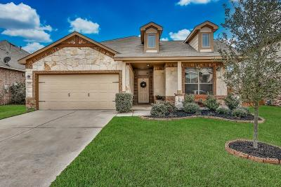 Magnolia Single Family Home For Sale: 106 Carriage Court