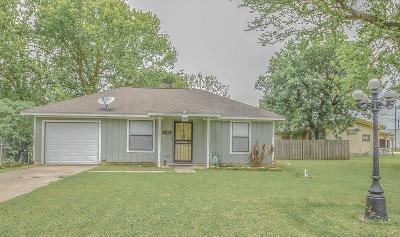 Texas City Single Family Home For Sale: 22 6th Avenue N