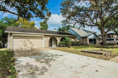 Houston Single Family Home For Sale: 9914 Autumn Harvest Drive