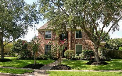 Friendswood Single Family Home For Sale: 1818 Streamside Drive