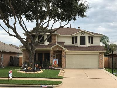 Pasadena Single Family Home For Sale: 5019 Ridgeway Drive