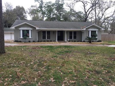 Friendswood Single Family Home For Sale: 108 Royal Court