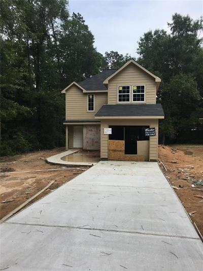 Willis Single Family Home For Sale: 4274 Frontier Road