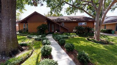 Houston Single Family Home For Sale: 9706 Oasis Drive