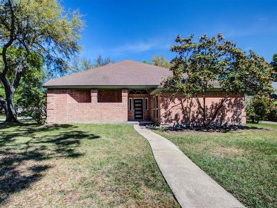 Jersey Village Single Family Home Pending: 15906 Jersey Drive